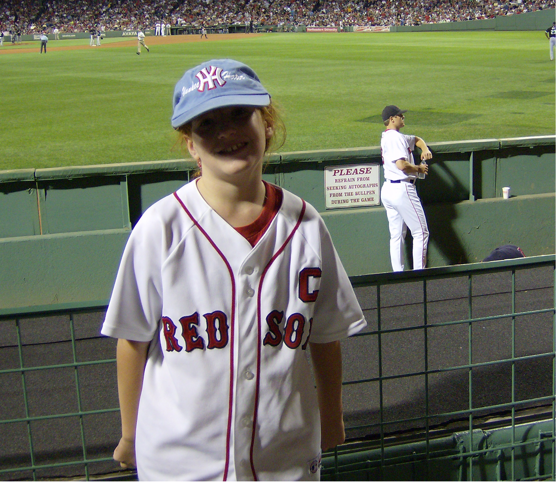 Victoria and Papelbon cropped.jpg